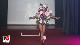 Spettacolo di Camila Ale Melegari alla Star Night del Baraonda Disco Club